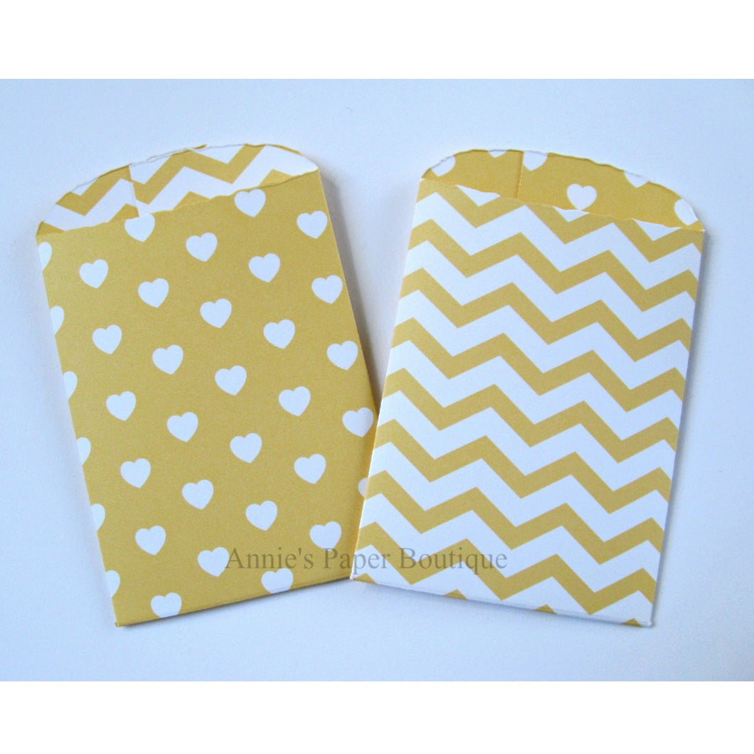 Pale Yellow Hearts & Chevron Paper Pockets
