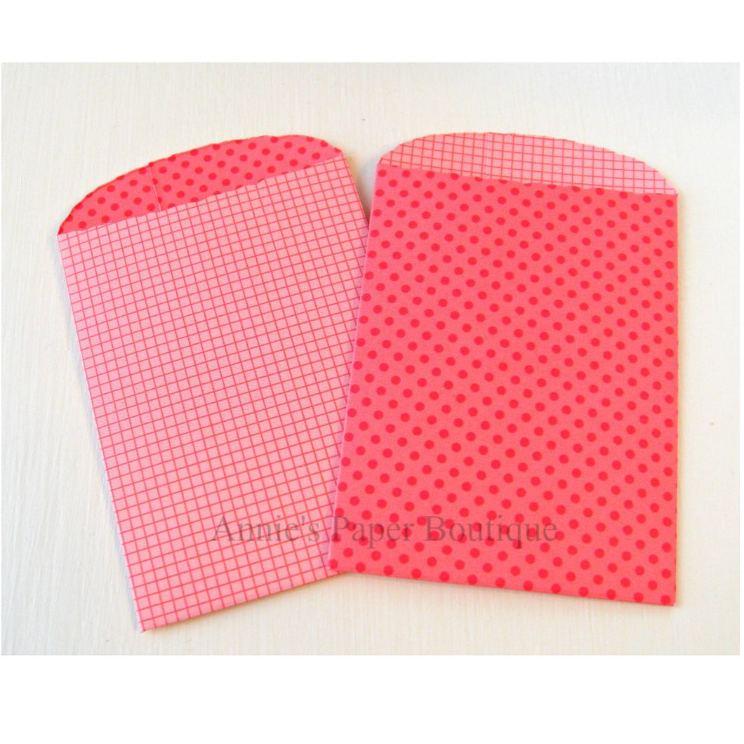 Red Dot Grid Paper Pockets