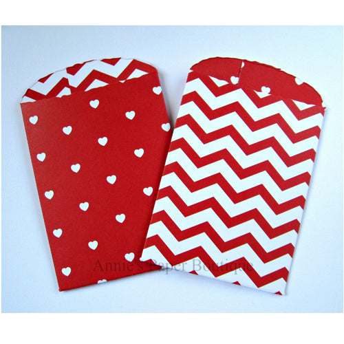 Red Hearts & Chevron Paper Pockets