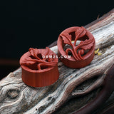 A Pair of Royal Perennial Vine Sabo Wood Ear Gauge Tunnel Plug-Orange/Brown