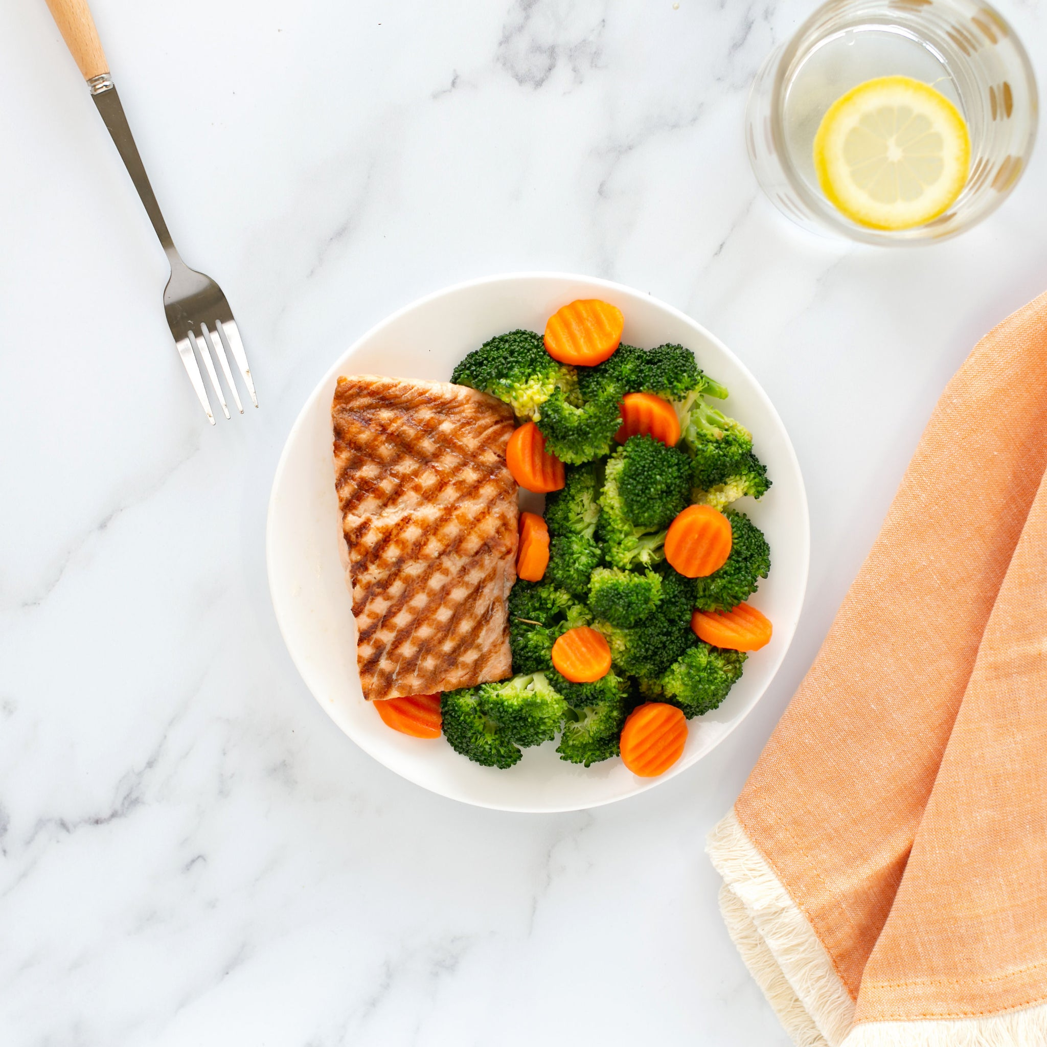 Salmon with Broccoli & Carrots