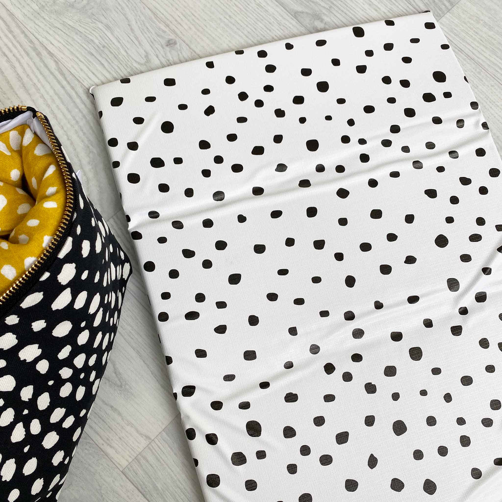 Travel Changing Mat Dotty