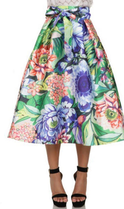 Beauty in Bloom Skirt (Plus)