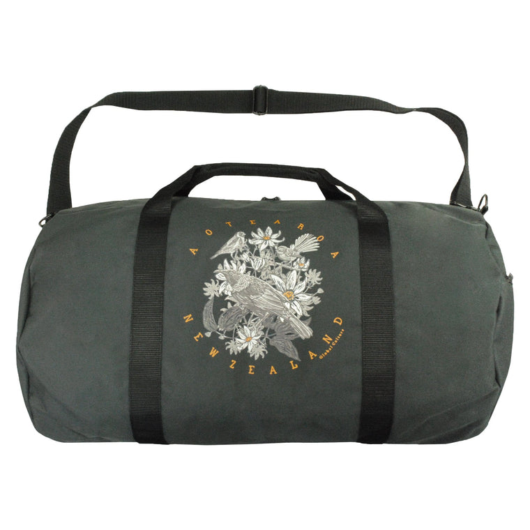 Aotea Native Contrast Duffle Bag