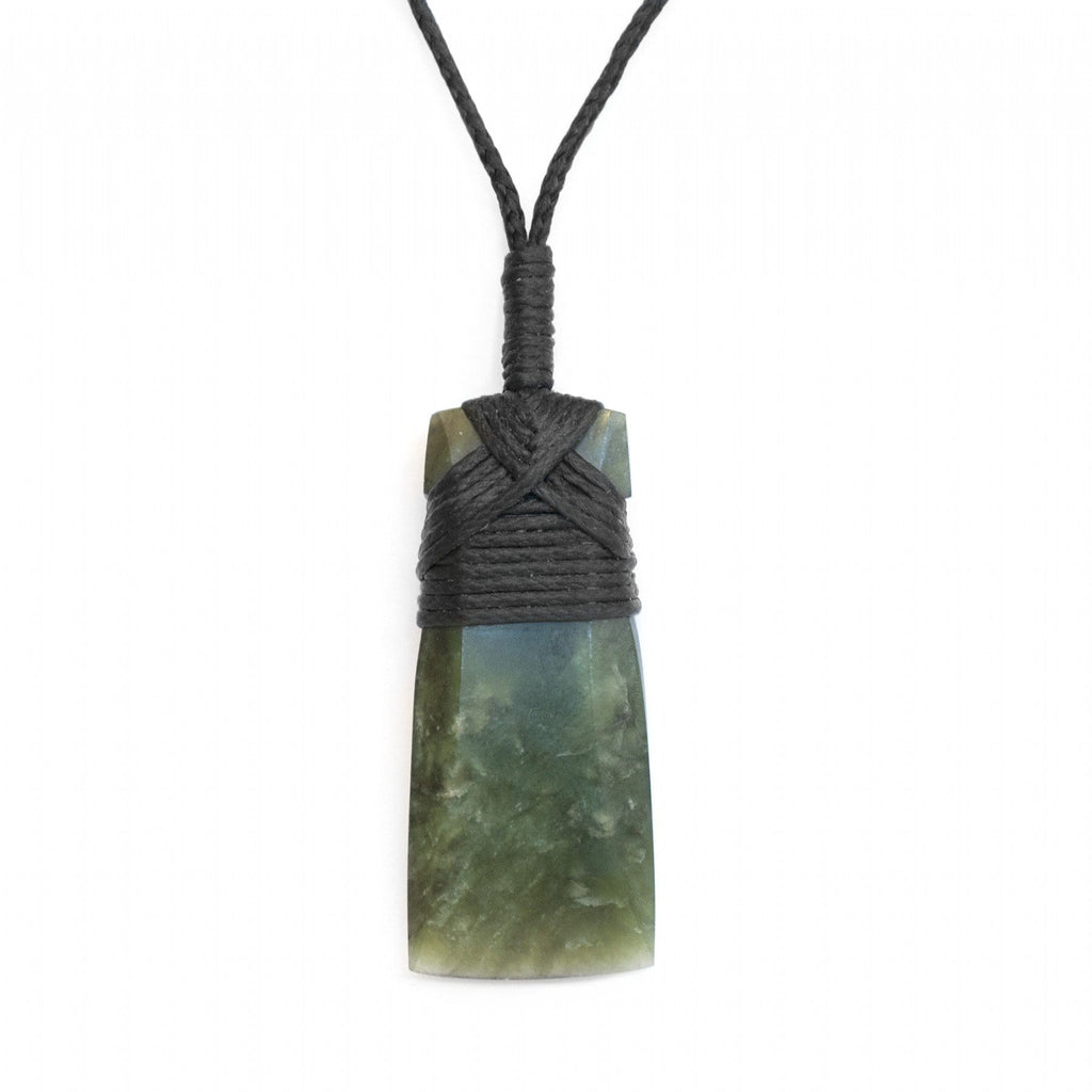 NZ Greentstone Toki Small Necklace - Global Culture