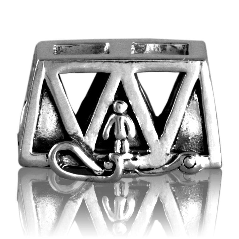 Bungy Bridge Silver Charm