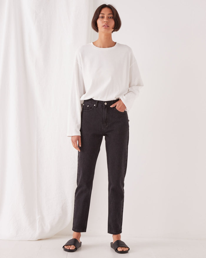 ASSEMBLY LABEL | HIGH WAIST RIGID JEAN