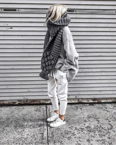 Leoni & Vonk pick of oversized winter knits