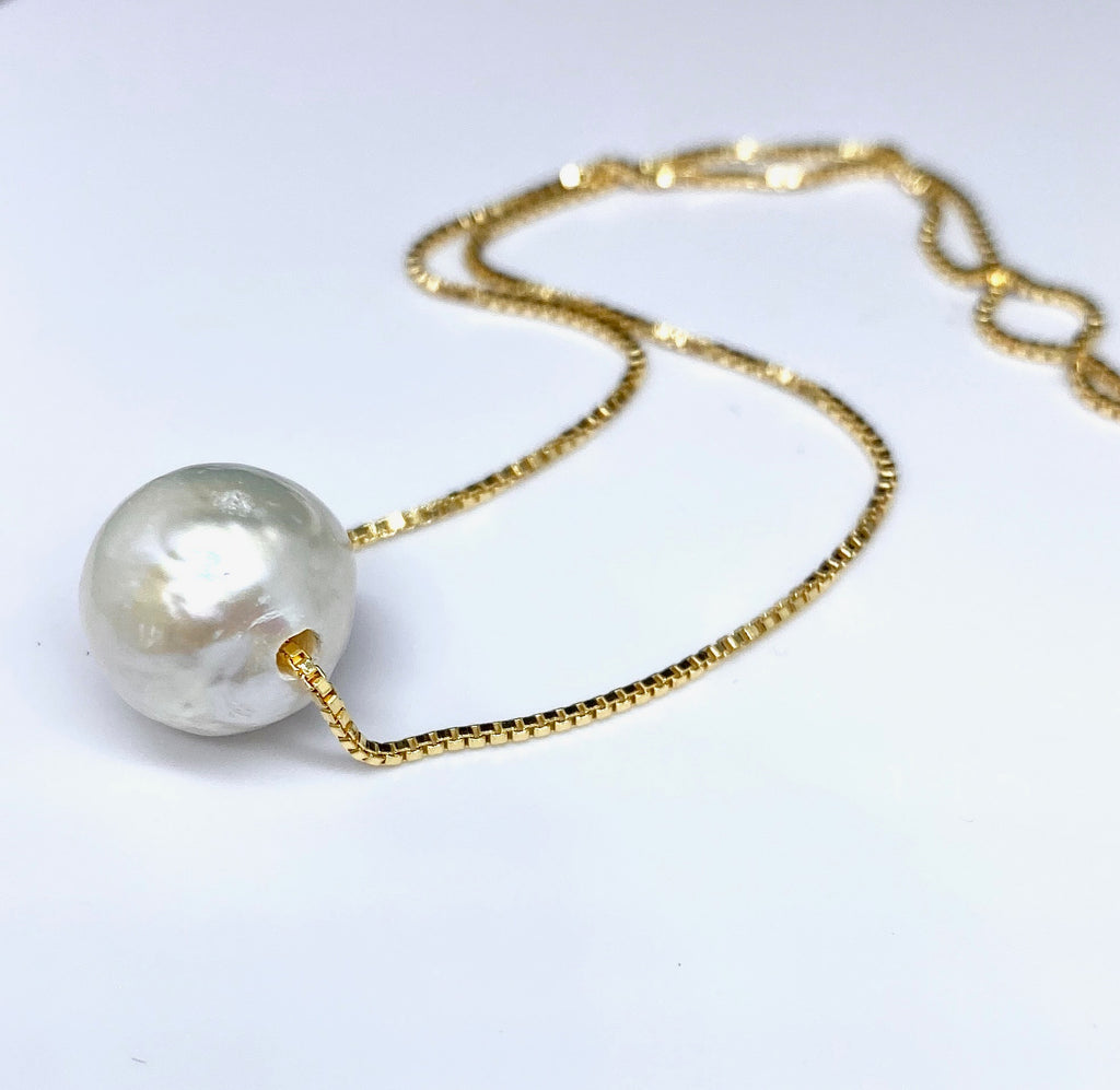 Billie Pearl Necklace