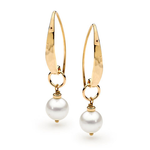 Image of Leoni & Vonk yellow gold fill and pearl earrings photographed on a white background