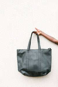Nyra Shoulder Bag Black