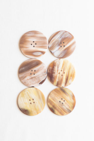 "Circular Cow Horn Buttons, 1.5"", Sand Streaked"