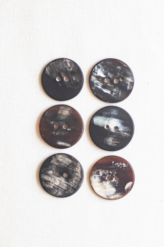 "Circular Cow Horn Buttons, 1"", Iced Marble"