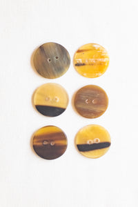 "Circular Cow Horn Buttons, 1"", Marbled Carmel"