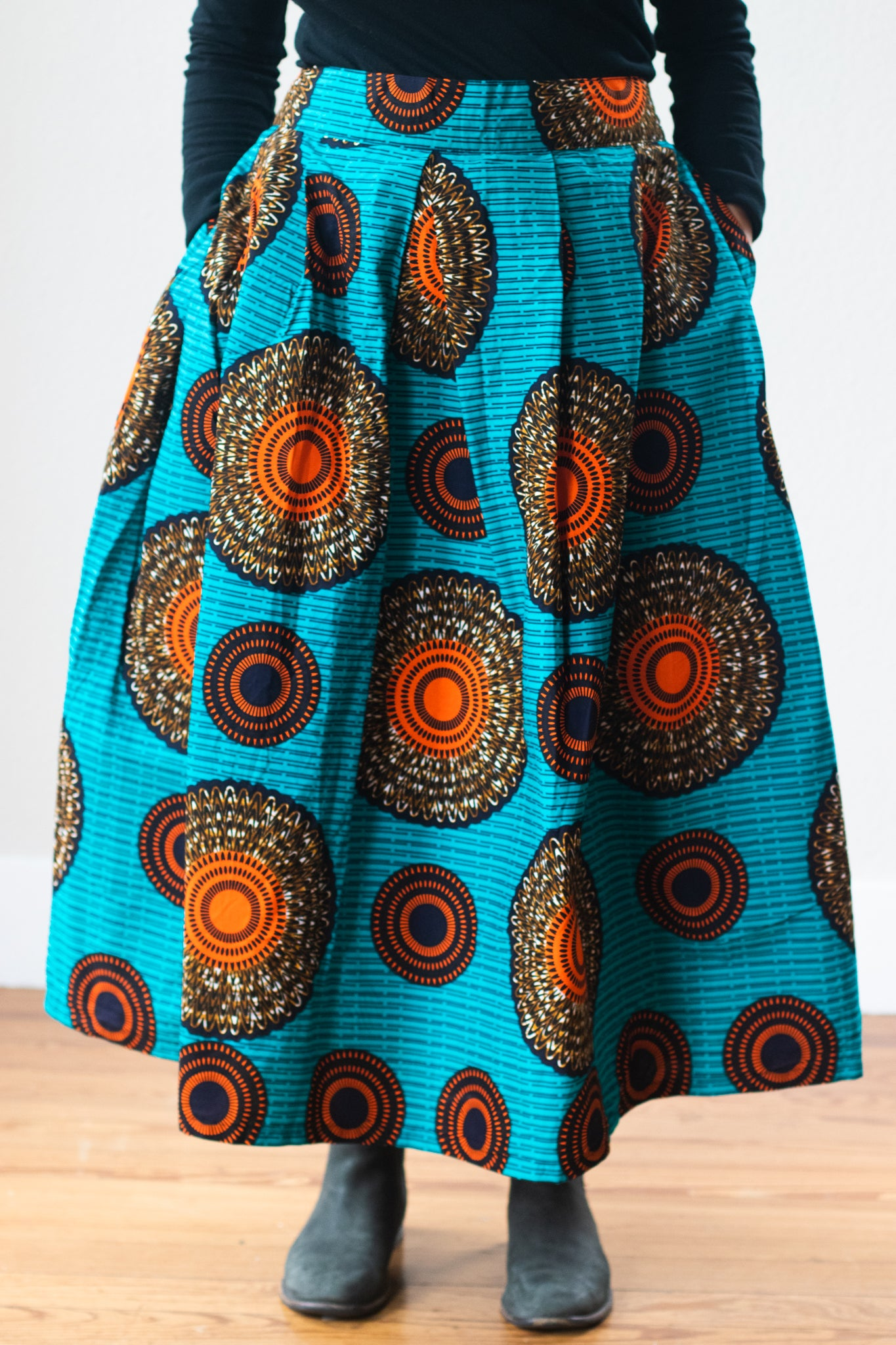 Mapenzi Skirt, Eclipse