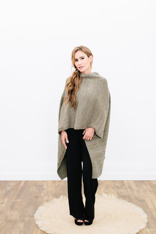 Queen Poncho Pattern