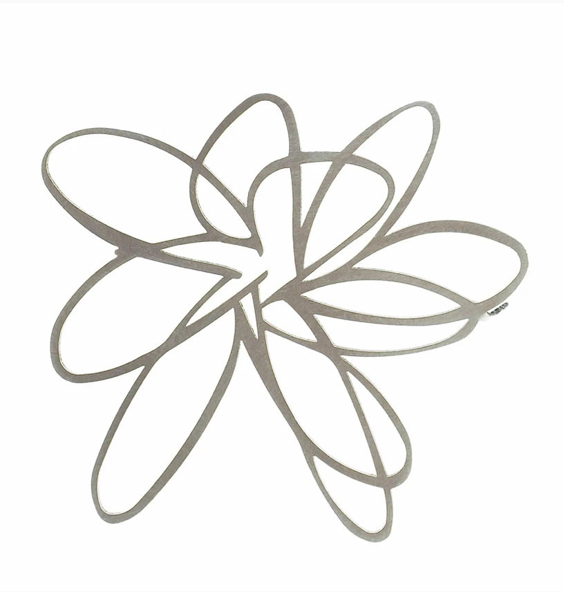 INSYNC Design Flower Brooch