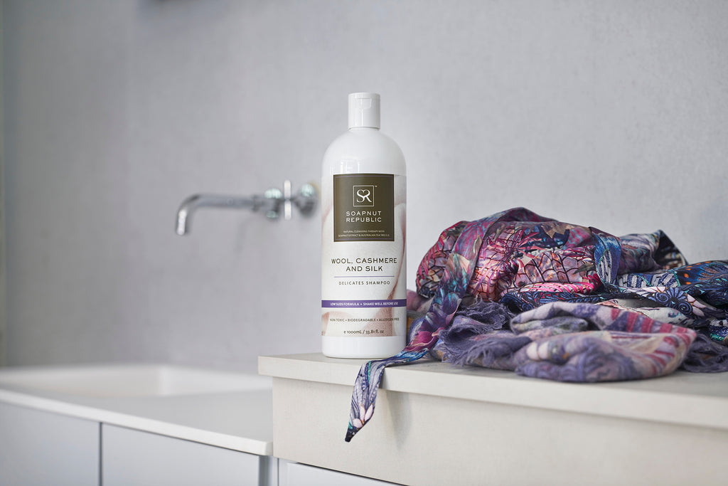 How To Use Delicate Shampoo For Wool, Cashmere & Silk?