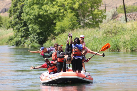 deschutes river rafting trip fun for the whole family nates rogue adventures
