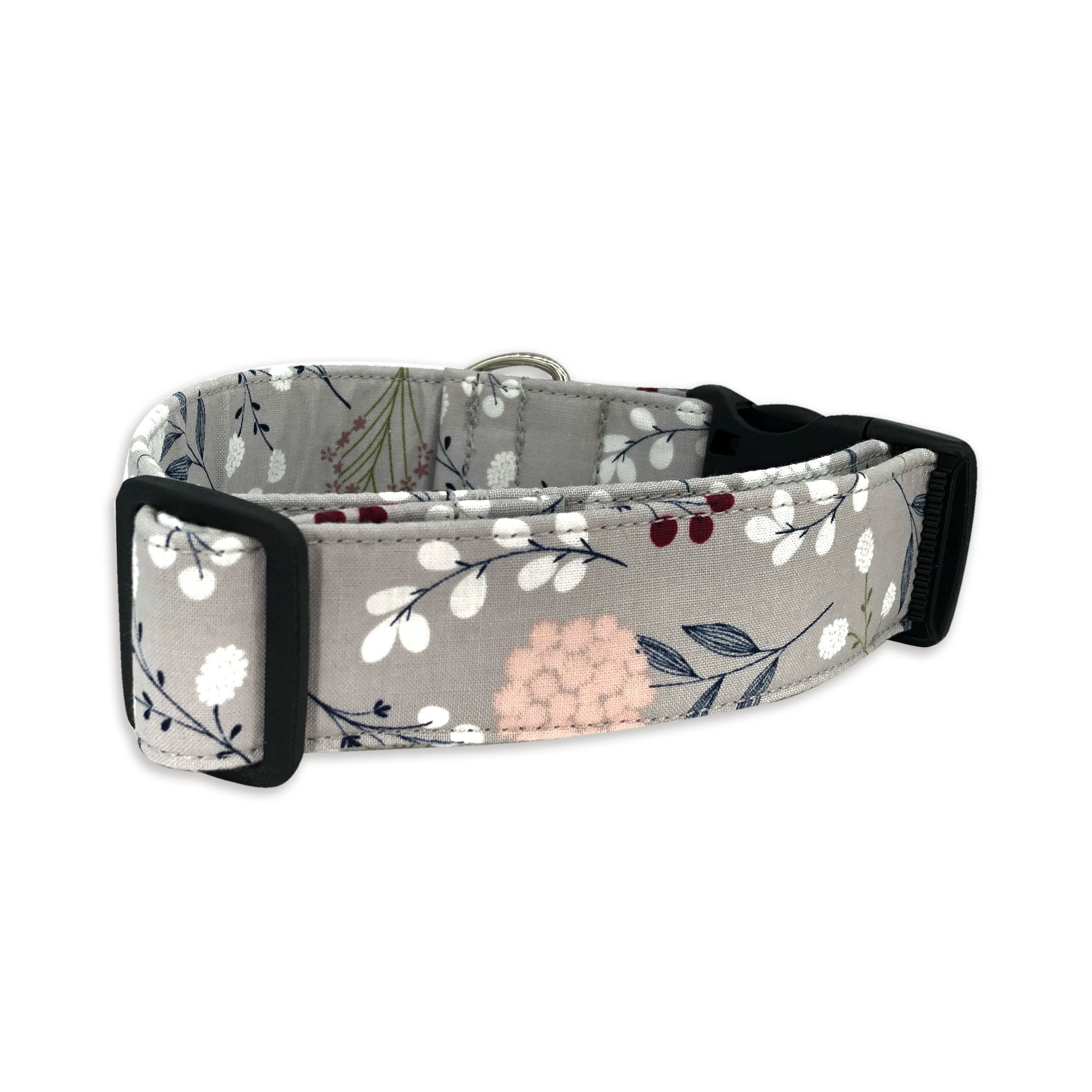 Winterberry Dog Collar