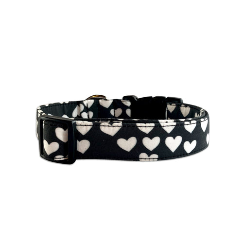 White & Black Hearts Collar