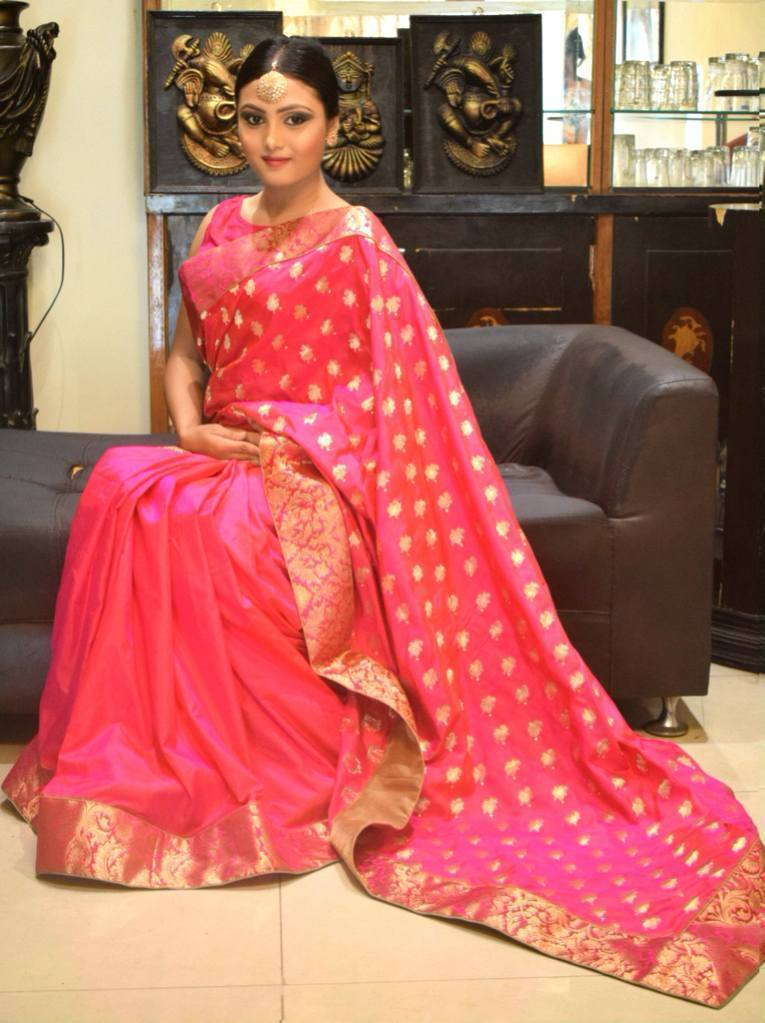 Famous and Popular Hand-Woven Indian Sarees that are worth to Buy