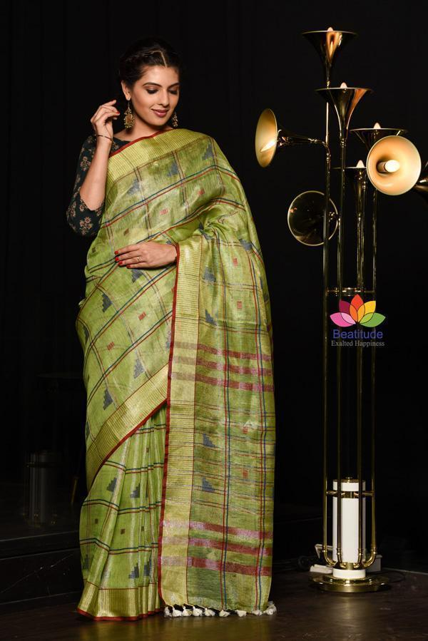 Handwoven Sarees – Add Timeless Elegance to your Style