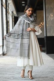 Black and Grey Handwoven Cotton Silk Maheshwari Dupatta
