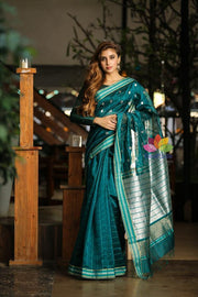 Teal Blue Handwoven Maheshwari Saree