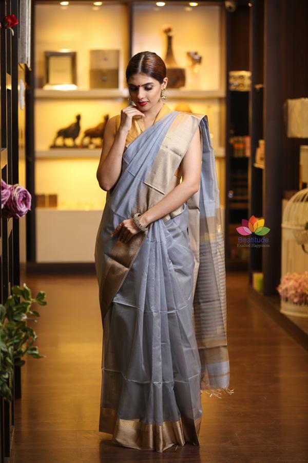 Grey Shade Handwoven Maheshwari Saree-Festival Collection-Beatitude Label