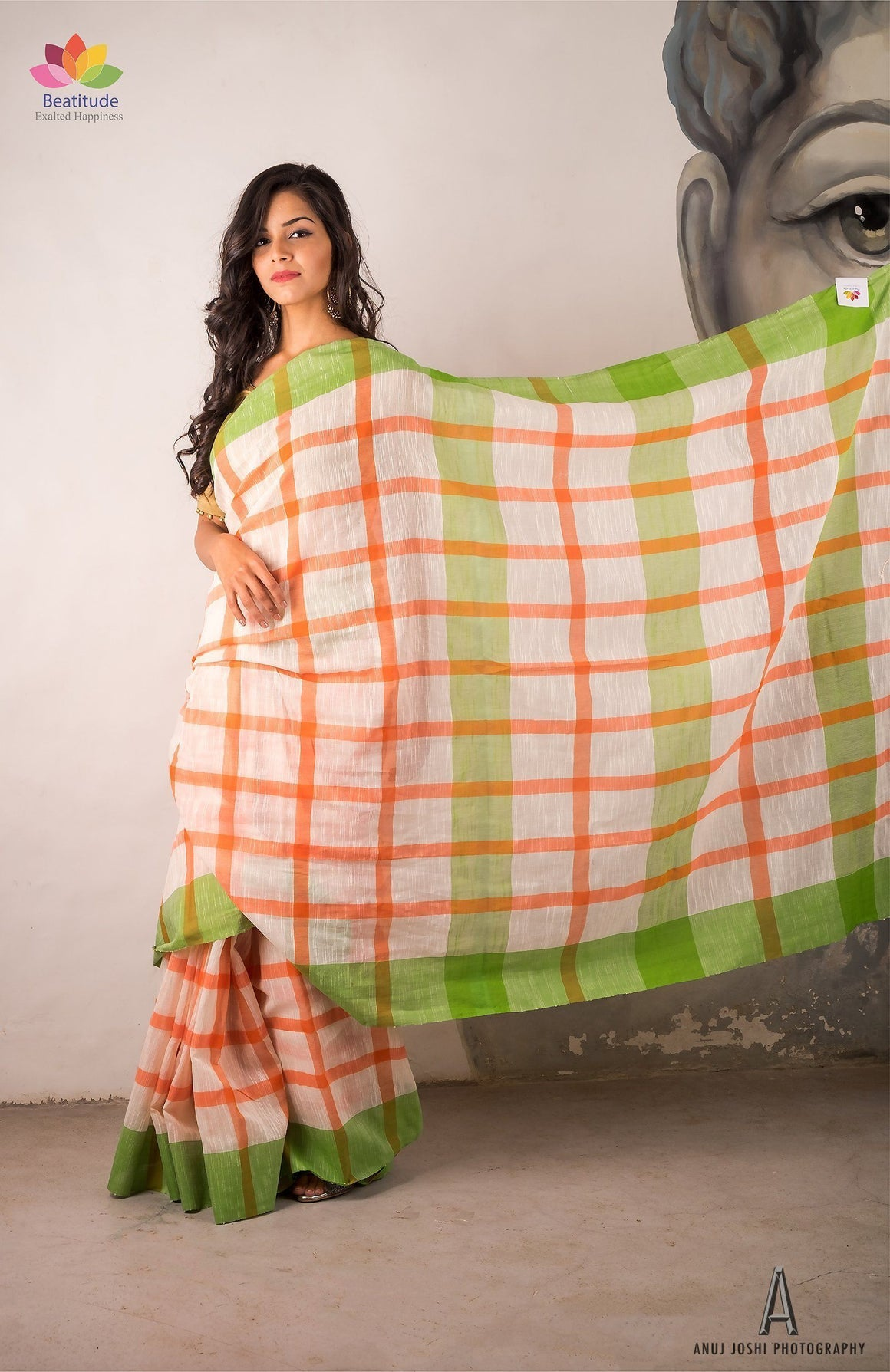 White Checks Handwoven Khadi Cotton Saree