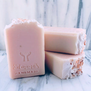 PINK GRAPEFRUIT SOAP, 5 oz bar