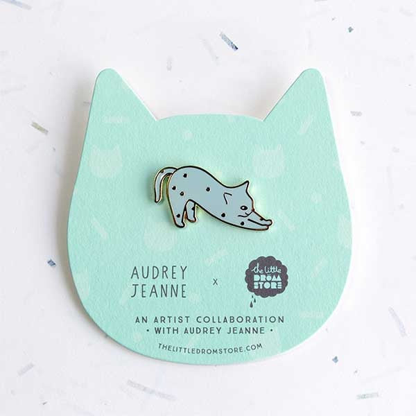 Audrey Jeanne Brooch – Blue Cat