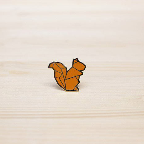 Hug A Porcupine Pin – Squirrel