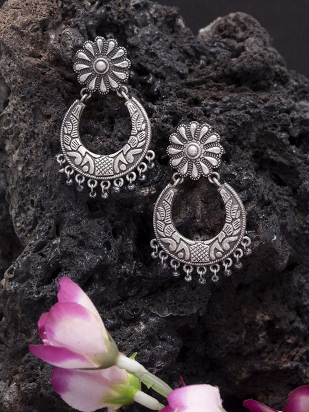Oxidised Silver-Toned Crescent Shaped Chandbalis