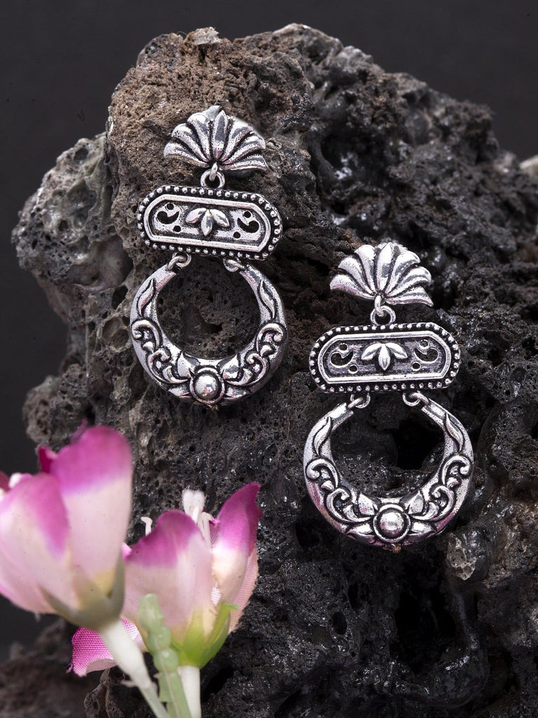 Oxidised Silver-Toned Brass-Plated Crescent-Shaped Chandbalis