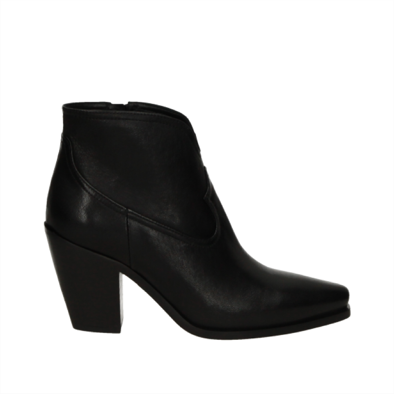 Pointy Ankle Boot
