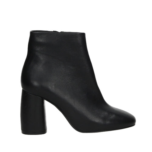 CROSSWALK-ANKLE BOOTS