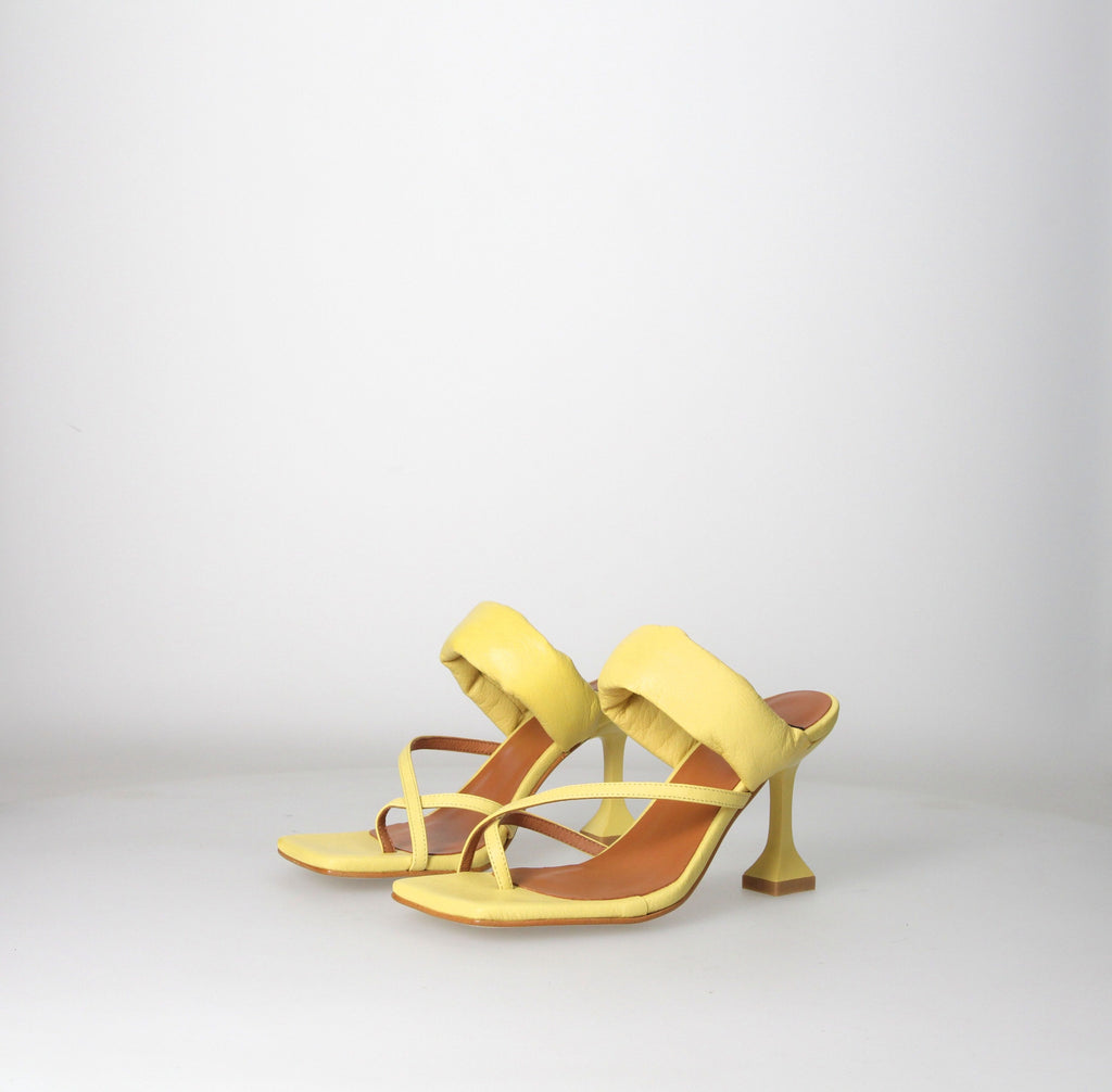 Sally Sandal