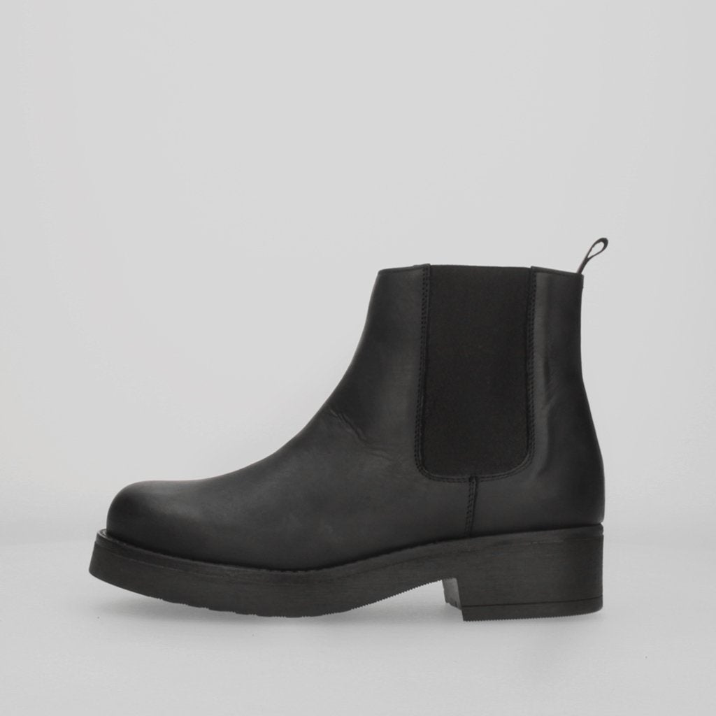 Stiu Beatles Kombat Boot Black