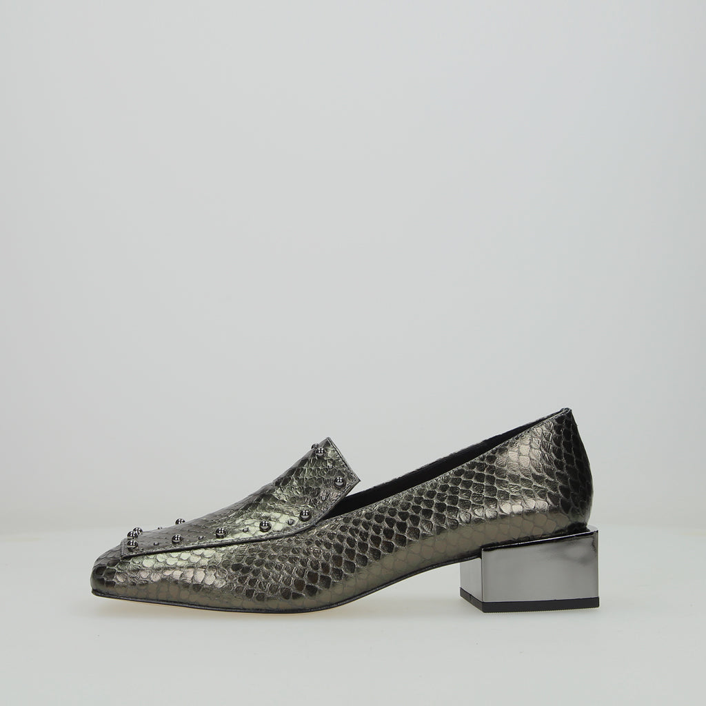 Loafer Metal
