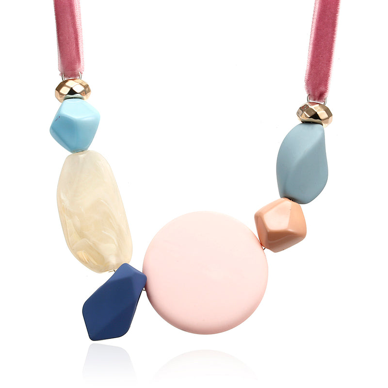 Ella Geometric Necklace in Velvet Pink