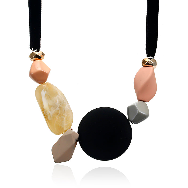 Ella Geometric Necklace in Classic Black