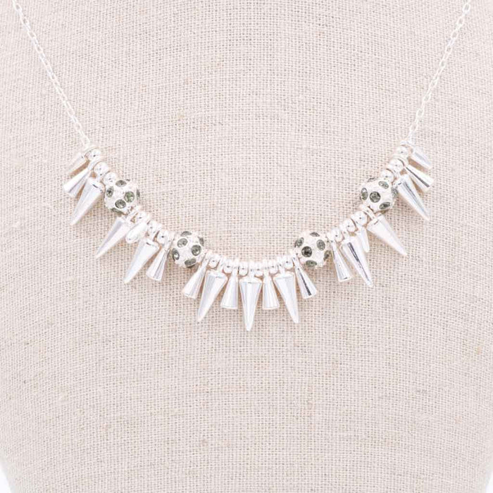 Nana Studs & Rocks Necklace in Silver