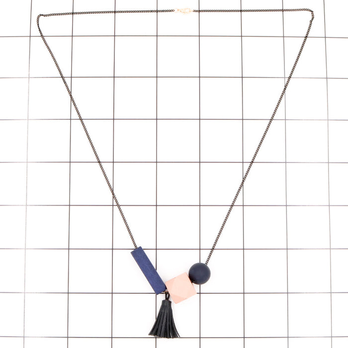 Maxie Geometric Necklace in Soft Pink
