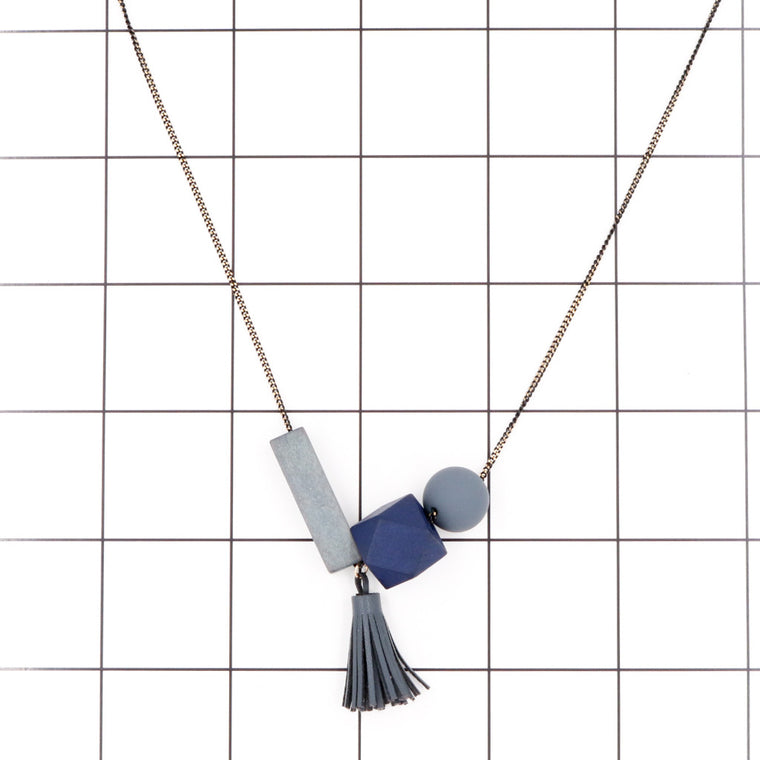 Maxie Geometric Necklace in Graceful Grey