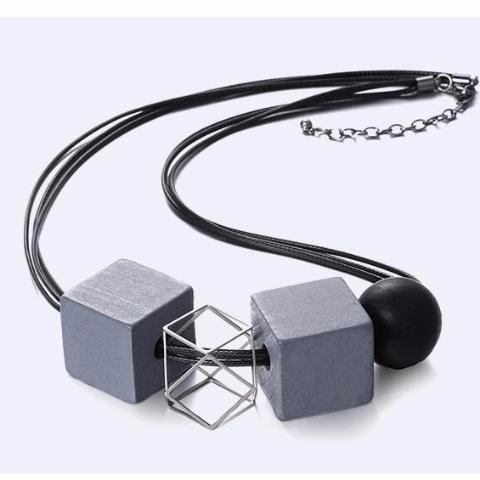 Jasmin Oversized Geometric Necklace (Limited Edition)