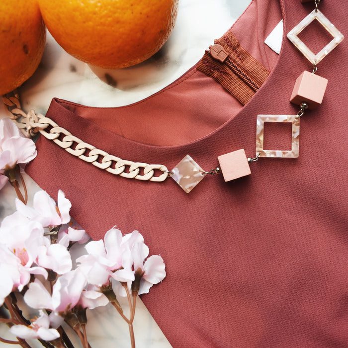 Ithaca Link Necklace in Elegant Pink