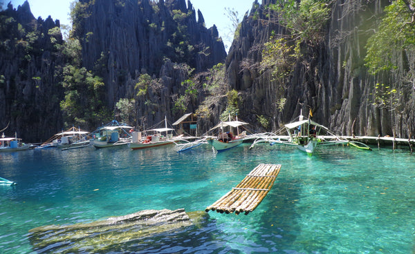 Twin Lagoon, Philipines