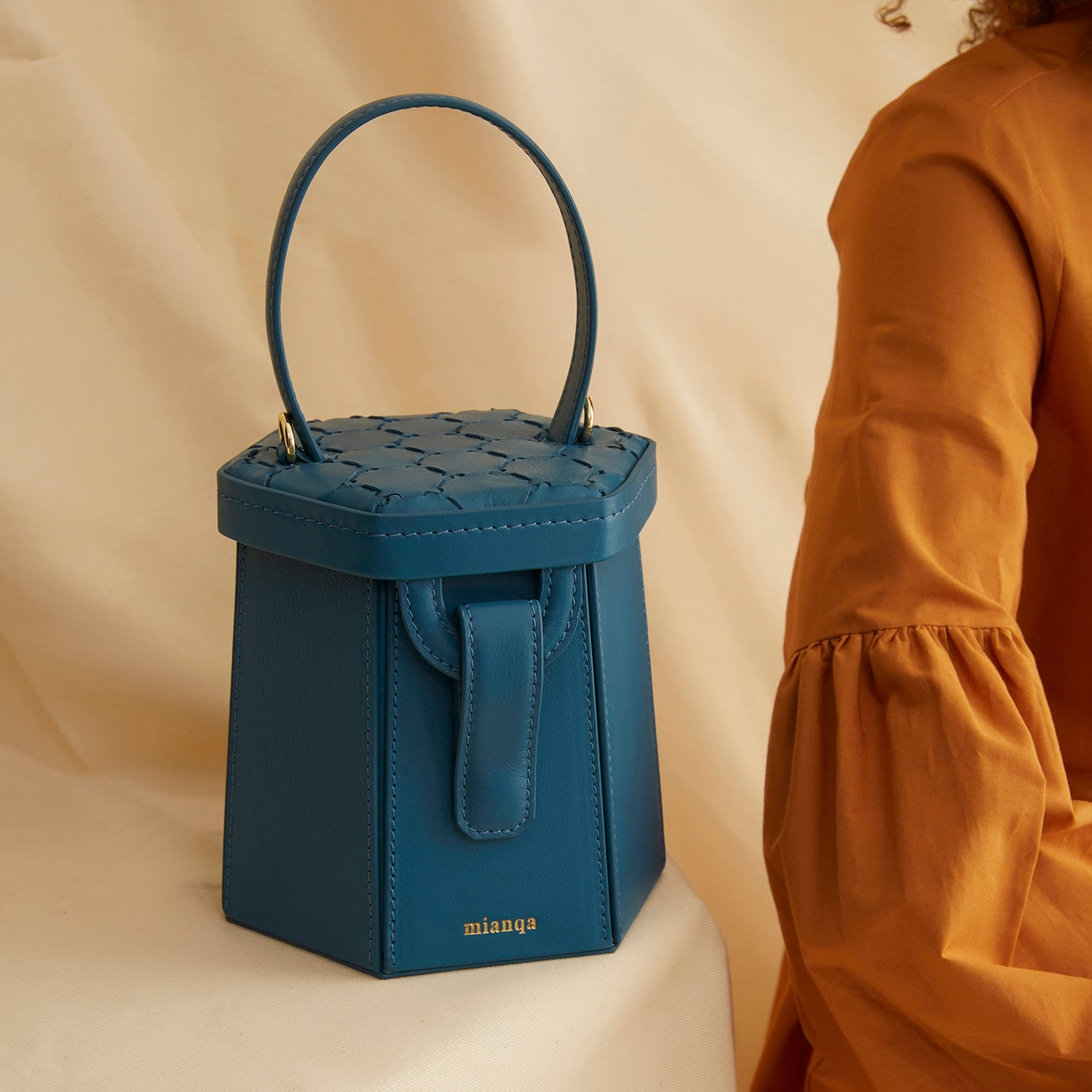 Mini E L I F | Hexagon Bag Blue